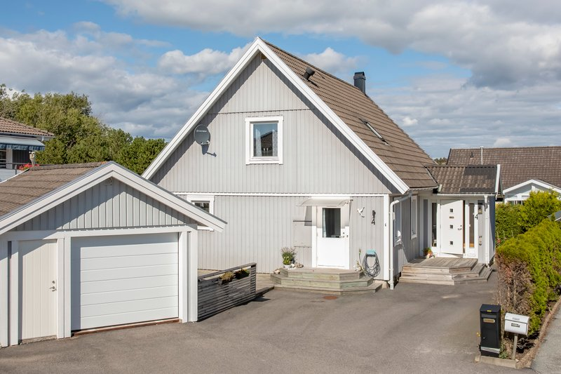 Nelly Vukovic, 39 r i Skrhamn p Sandholmsvgen 5