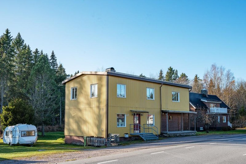 Britt-Louise Grnberg, Norra Tmnarvgen 2, Karlholmsbruk