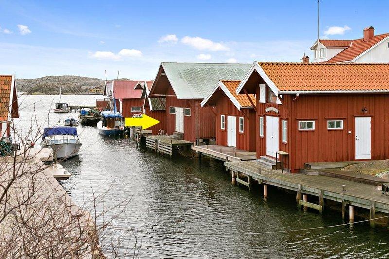 Monika Larsson, Hummergatan 6, Kungshamn | unam.net