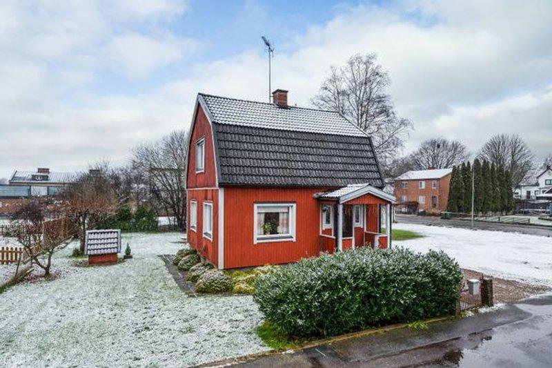 Nyinflyttade p Klintgatan 6, Lnsboda | redteksystems.net