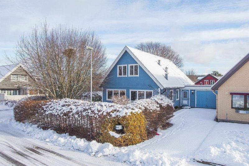 Hjlmseryd ngshuset 1 Jnkpings ln, Stockaryd - garagesale24.net