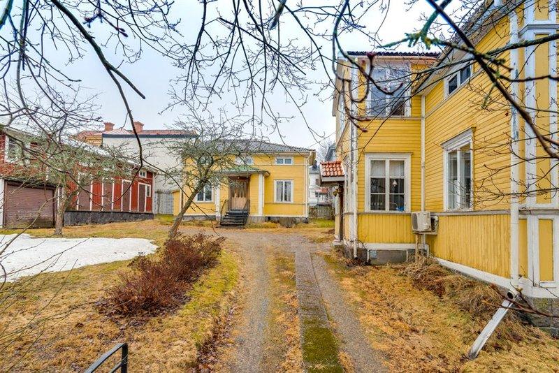 Fredrica Jonsson, Idenors-Ulvstavgen 4, Hudiksvall | unam.net