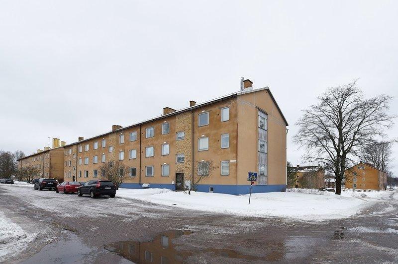 Nils Gunnar Gustavsson, Grsviksvgen 4, Bjrneborg | unam.net