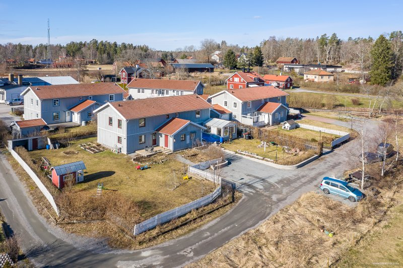 Nyinflyttade p Almunge-norrby roten 30, Almunge | redteksystems.net