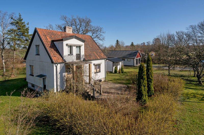 Nyinflyttade p Eskelhem ekeby 110, Gotlands tofta | satisfaction-survey.net
