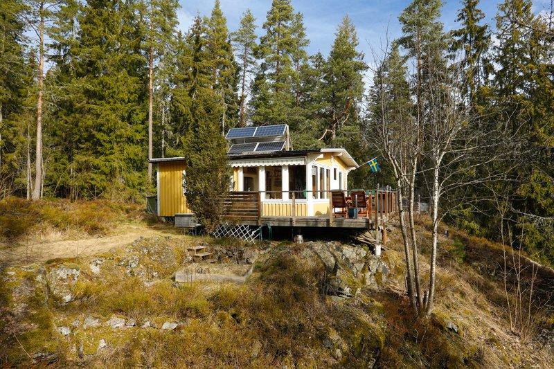 Helena Augustsson, Linvgen 7, Garphyttan | garagesale24.net