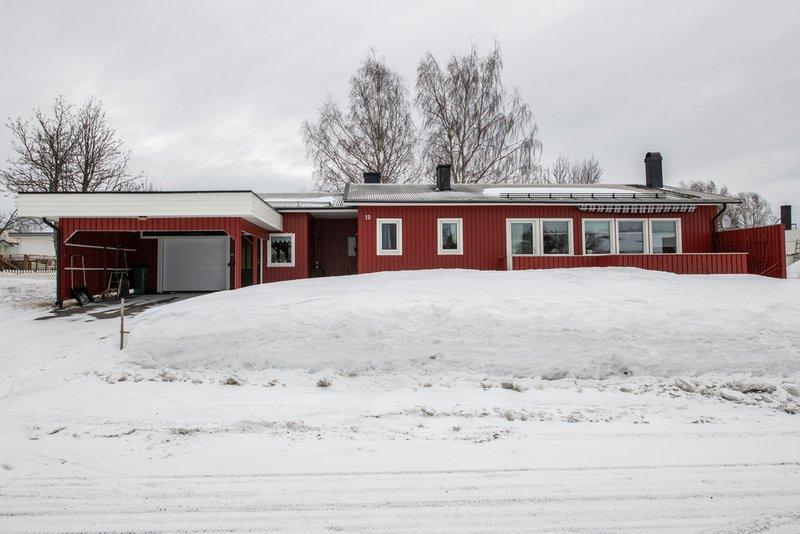 Sara Ghebrekal, kargatan 17D, Norsj   unam.net