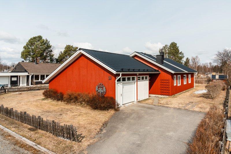 Jrgen Karlsson, Skelleftehamnsvgen 53, Ursviken | unam.net