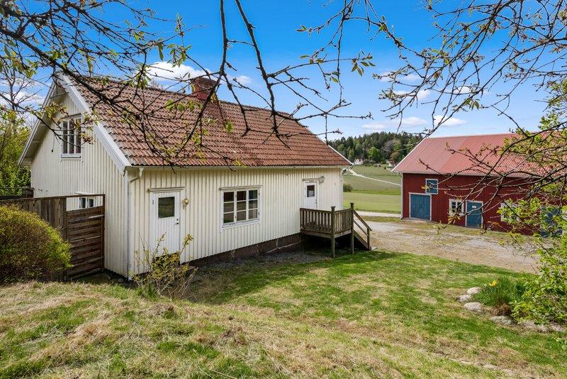 Minnesbilder från Hällevadsholm, Bullaren och Svarteborg. | Bokbörsen