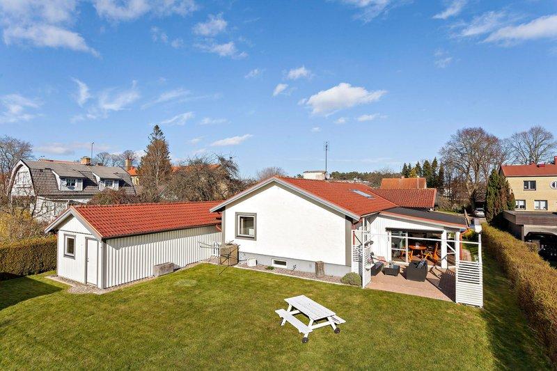 Jens Nilsson, Oruddsvgen 23, Bromlla   redteksystems.net