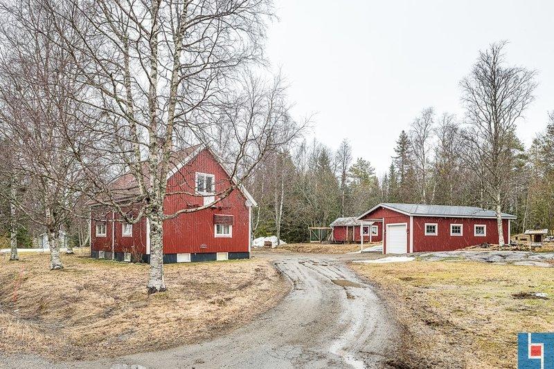 Jennifer Jonsson, Ringvgen 8, Lvnger | unam.net