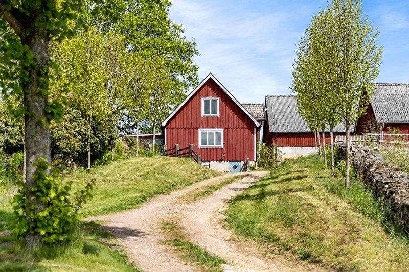 Roger Hallqvist, Brnnestad 6177A, Hssleholm | unam.net