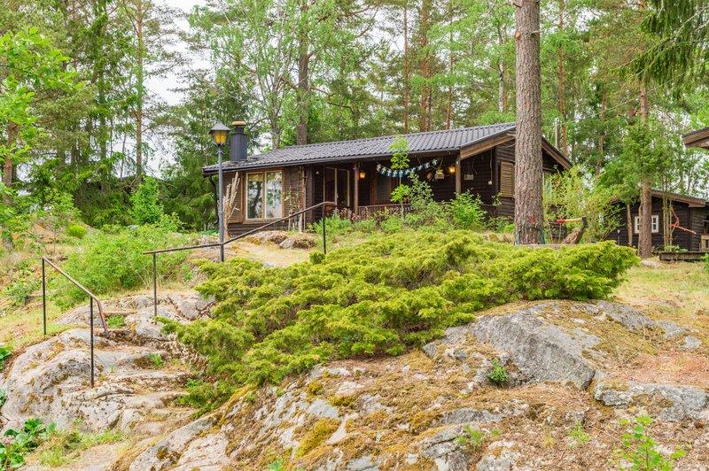 Rose-Marie Bergelin, Hyltinge-Skogshyddan 1, Sparreholm
