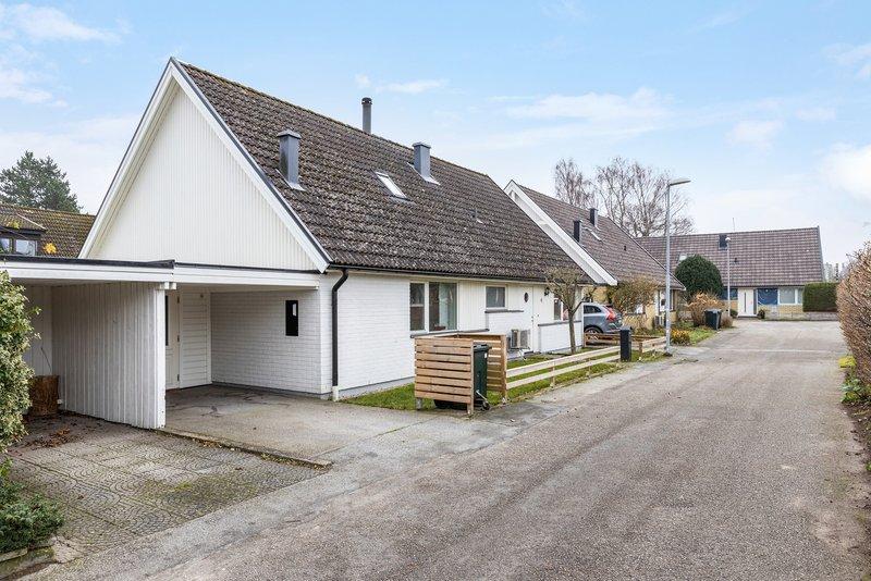 Nyinflyttade på Lyngby , Genarp | resurgepillsreview.com